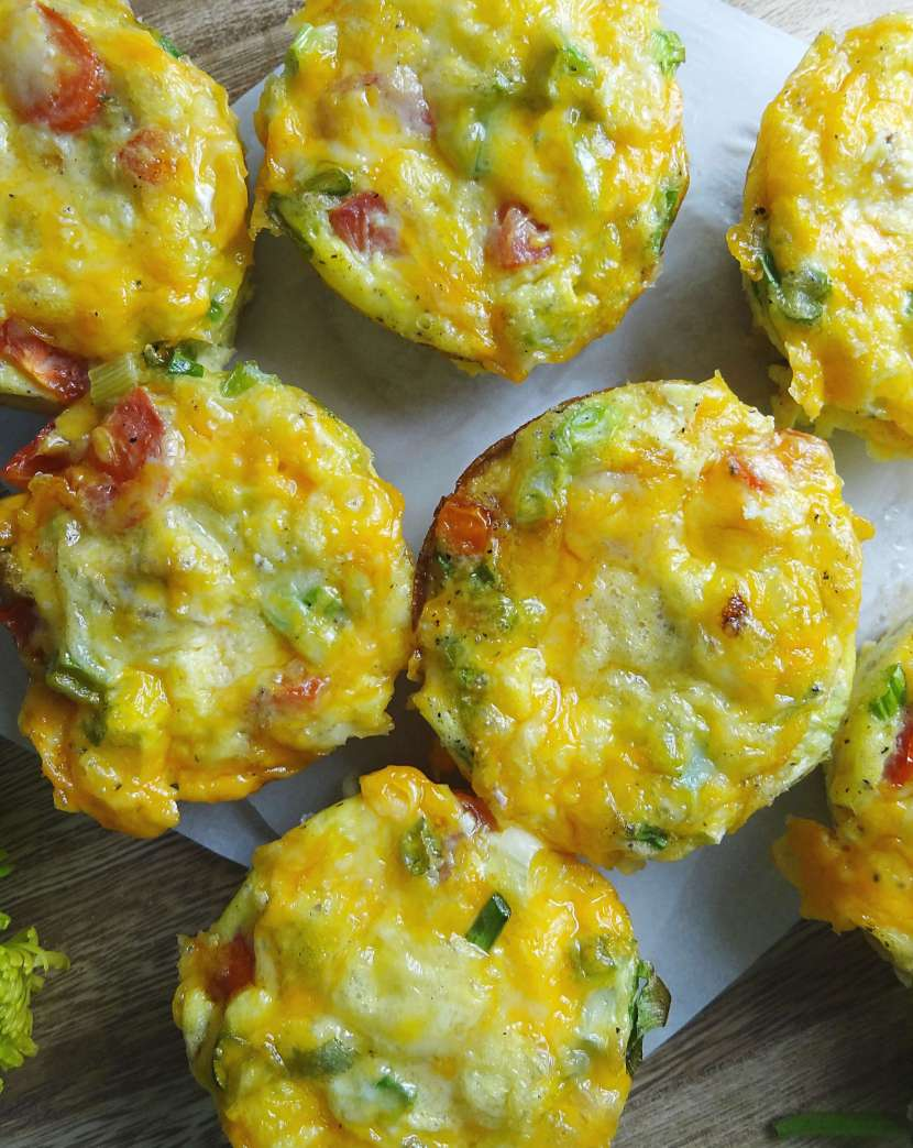 Taco Muffin Tin Eggs from The Cheerful Kitchen are an easy and delicoius breakfast idea. Also a great brunch recipe!