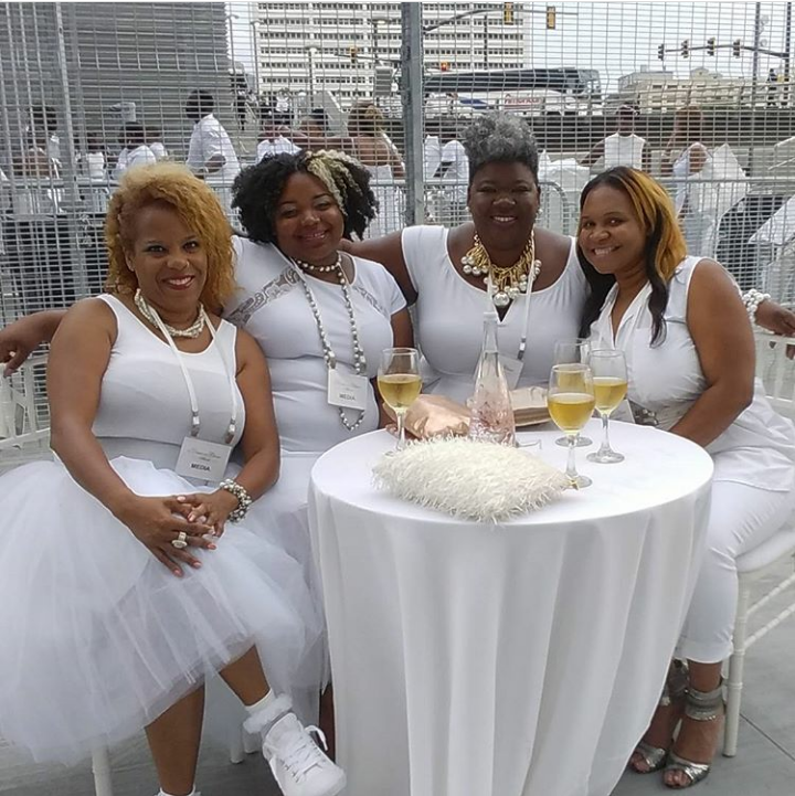 A Sea of White…Le Diner en Blanc