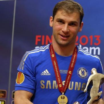 Branislav Ivanovic receives his Man of the Match award after scoring the winning goal in the Europa League final for Chelsea FC. Image credit Getty Images