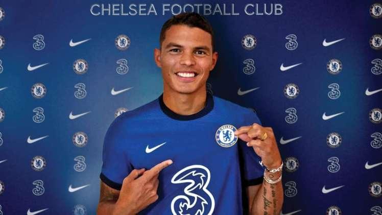Silva signs