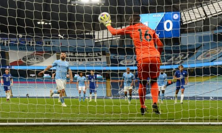 Mendy stands tall and saves Aguero's panenka penalty. Credit | Andy Hooper/NMC Pool
