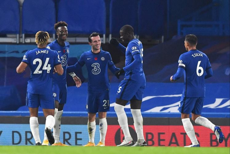 Four on the Board: Chelsea players celebrate a goal during a handsome 4-1 win against Sheffield United. Credit | Pool via Reuters