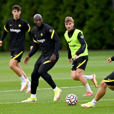 Werner and Lukaku in Chelsea training (Photo by James Williamson - AMA/Getty Images)