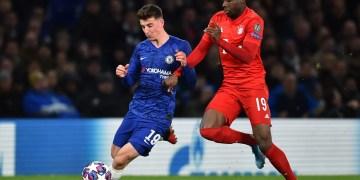 Mason Mount in action against Bayern Munich