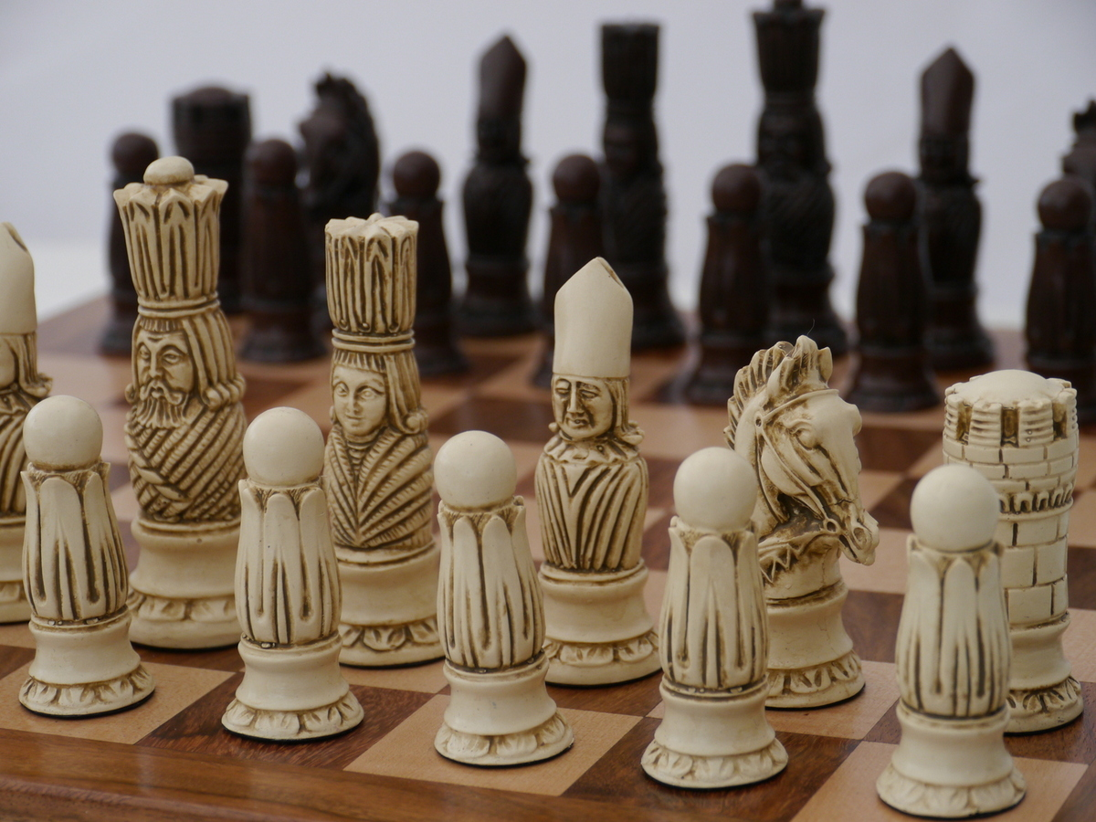 Berkeley Chess Ltd Victorian Chess Set Ivory And Brown The Chess Store
