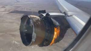 """The engine of United Airlines Flight 328 is on fire after after experiencing """"a right-engine failure"""