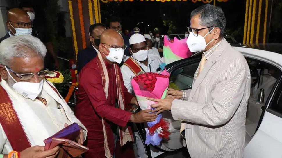 CJI NV Ramana visits Tirumala temple, receives warm welcome