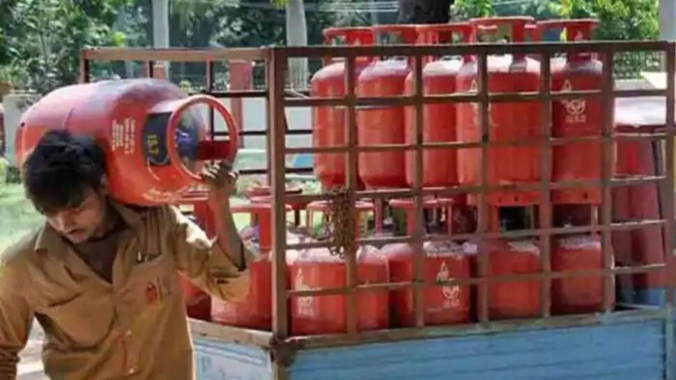 Good news for LPG customers! Now Refill cylinder from distributor of your choice