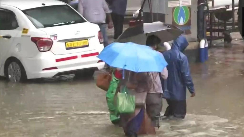 Red alert issued for Mumbai, Palghar and Thane as southwest monsoon hits Maharashtra coast