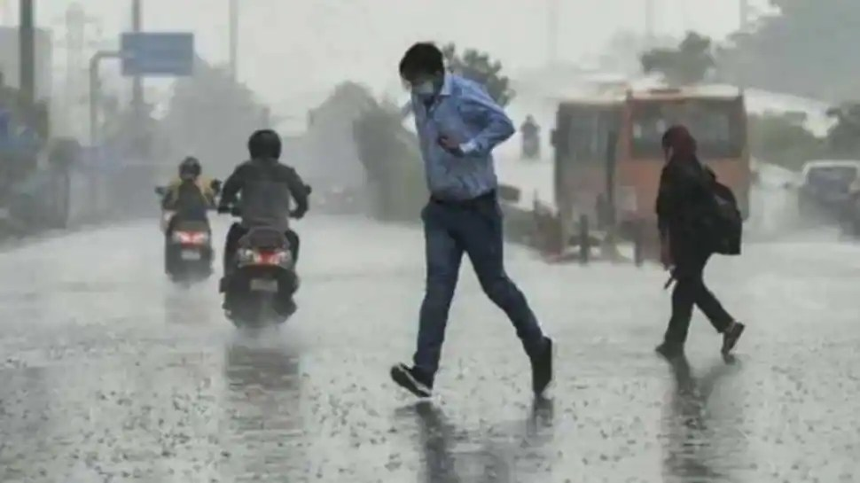 Isolated places in Delhi to receive light rainfall today: IMD