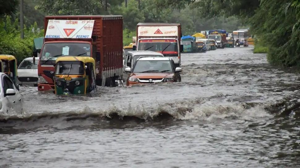 Delhi likely to witness heavy rains till Sunday morning, predicts IMD