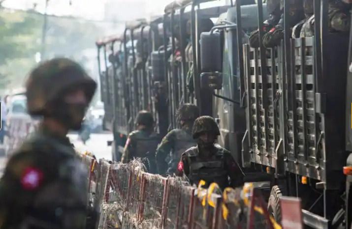 Pakistan's high-level military delegation secretly visits Myanmar: Sources
