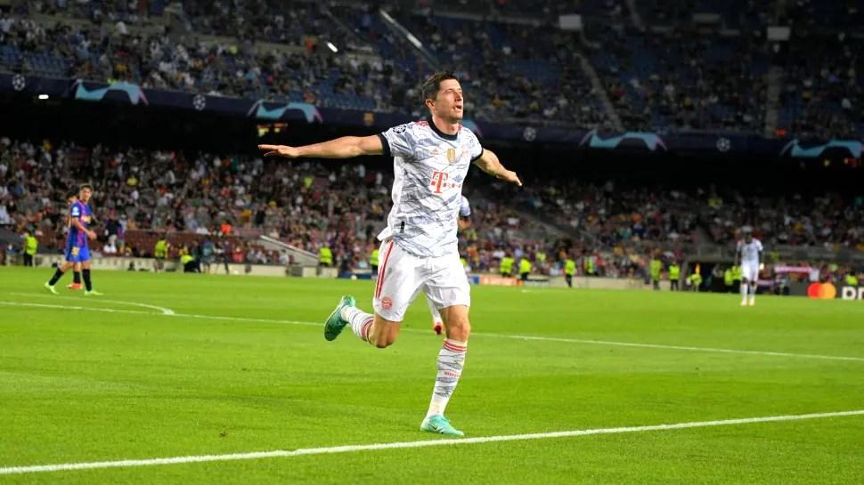 Robert Lewandowski double helps Bayern Munich thrash Barcelona in Champions League