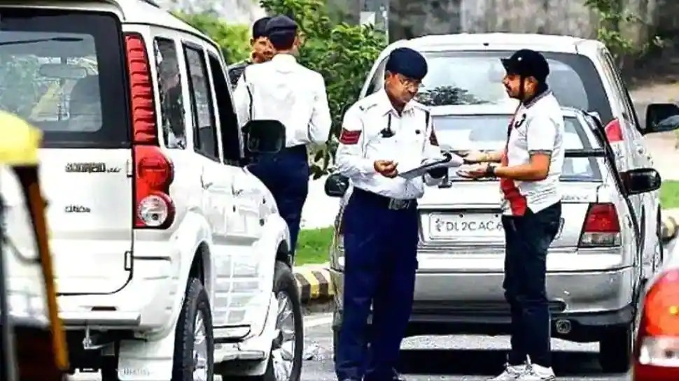 Noida's plan to check winter pollution: Older vehicles to be impounded, check details here