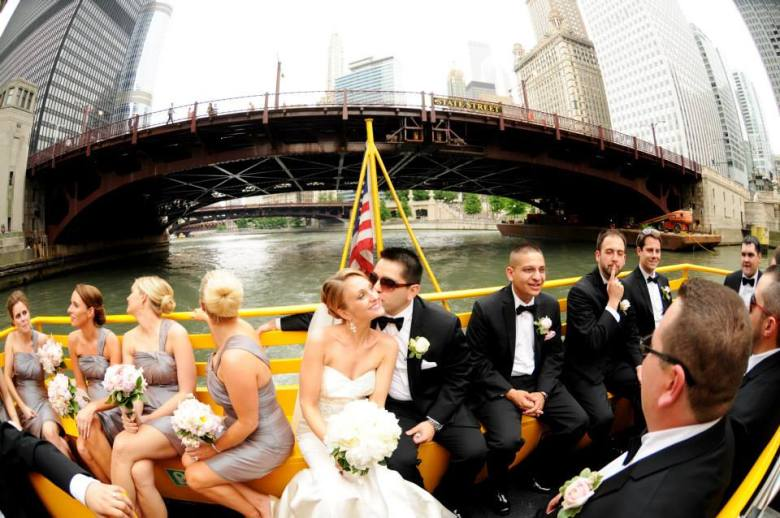 wedding arrival by chicago water taxi