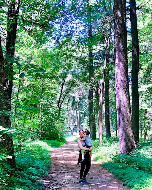 A Family getaway to Pine Creek Escape in Oregon, Illinois is perfect for hiking, horseback riding, and spending time outside like hiking in White Pines Park
