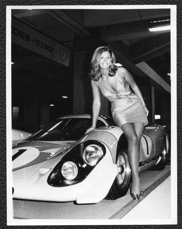 Porsche 917 booth babe