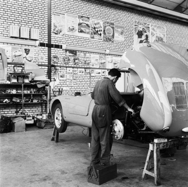 Spyder Garage