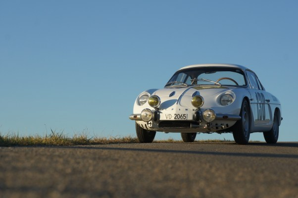 Alpine 110 restoration by AlpineLAB