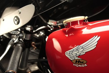 Love the old Honda wing on this RC166
