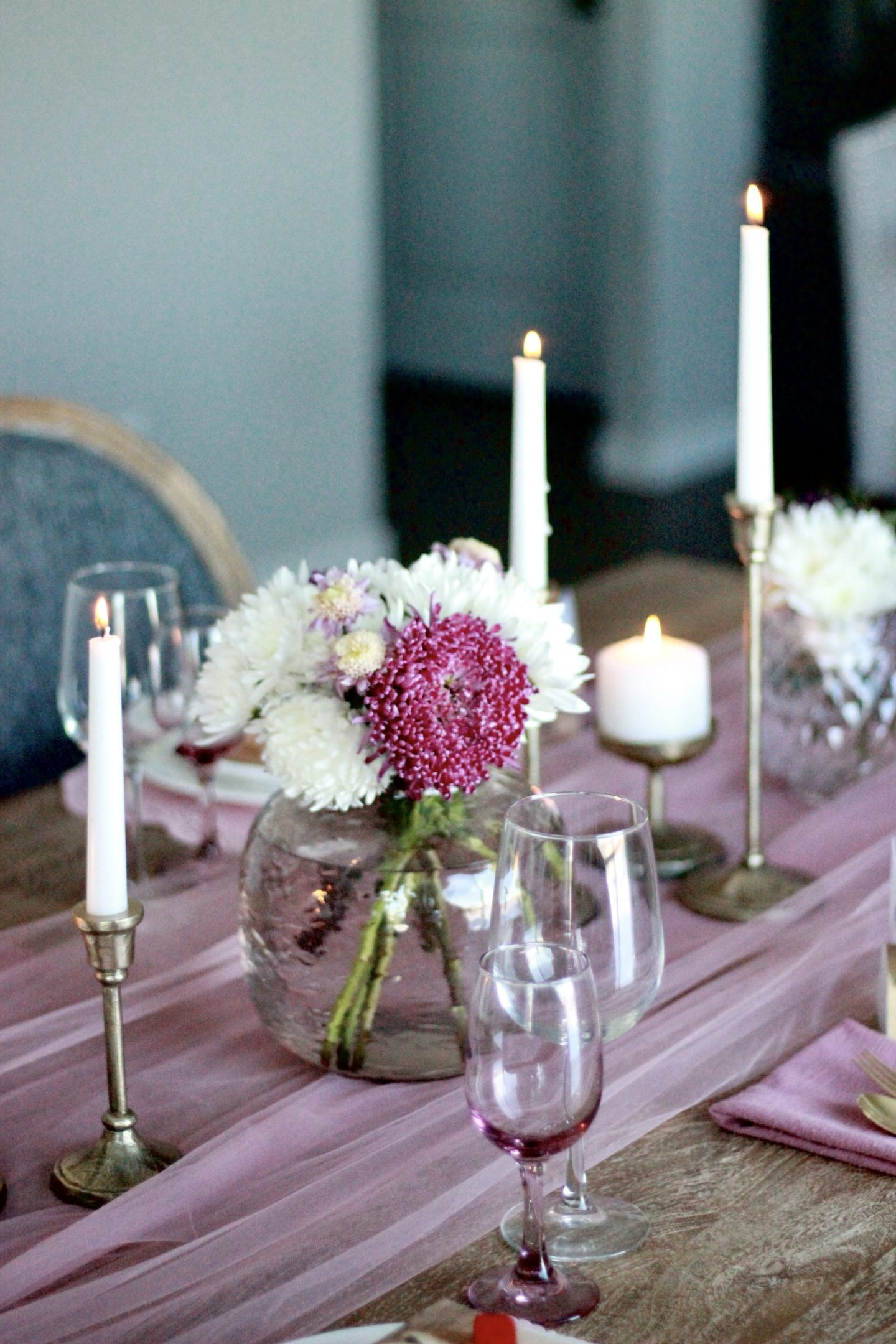 Valentine's Day Tablescape 2021