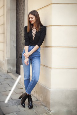lace-up-top-jeans-boots