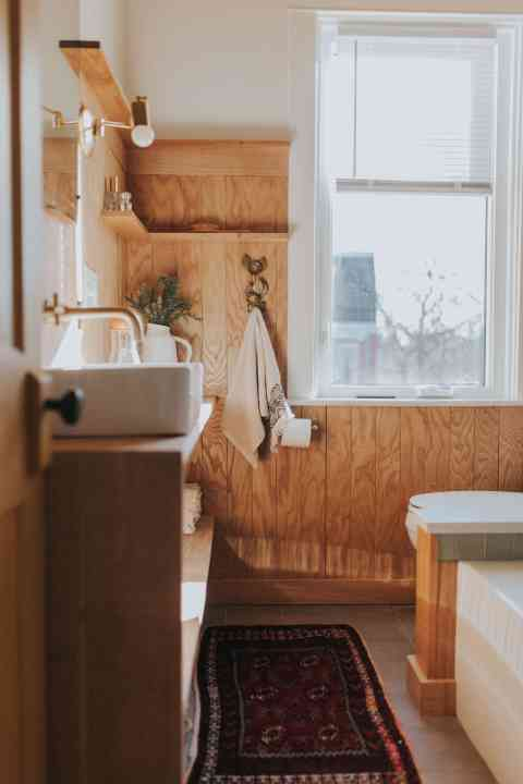 creative retro bathroom renovation