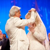 Benny Hinn Remarries in Front of 1,000 People