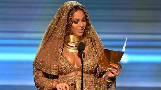 Beyoncé Mother Mary