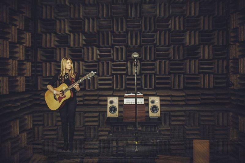 Beatie Wolfe - Raw Space - Bell Labs Anechoic Chamber by Veanne Cao (1)_preview
