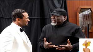"""Mike Epps and T.D. Jakes on set of Sparkle"""
