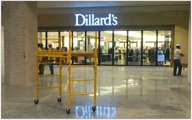 Dillards at Liberty Center