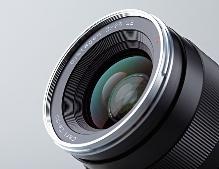 Zeiss Reveals New 25mm f/2.0
