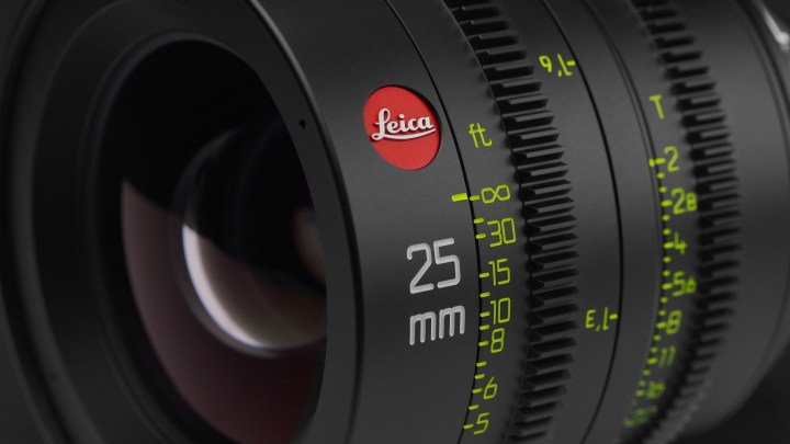 Leica Summicron-C Wallpaper – 4K! Compliments of Duclos Lenses