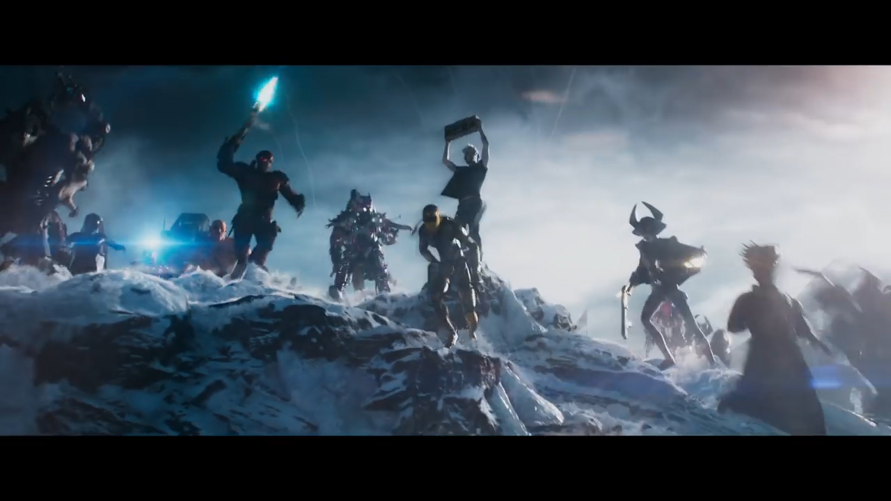READY PLAYER ONE - Official Trailer 1 [HD].00_02_11_08.Still024