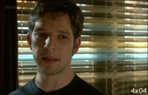Viens là que je te console mon p'tit Hal adoré !!