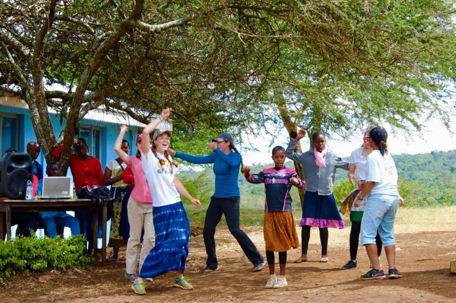 Students+dance+during+a+trip+to+Tanzania+in+2016.