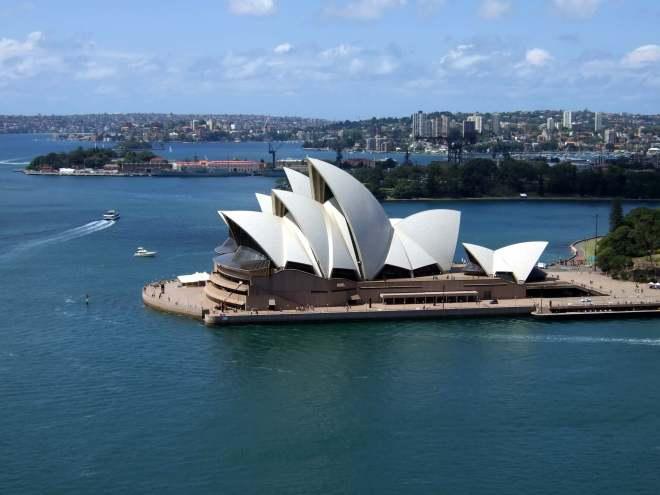 Sydney Opera House byhttps://www.flickr.com/photos/jamescridland/
