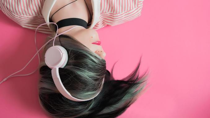 Girl listening to a podcast