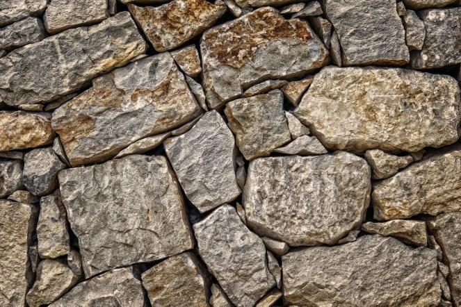 stone-3630911_1920