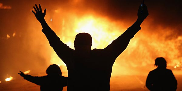 Ferguson riots after grand jury decides not to indict Officer Wilson