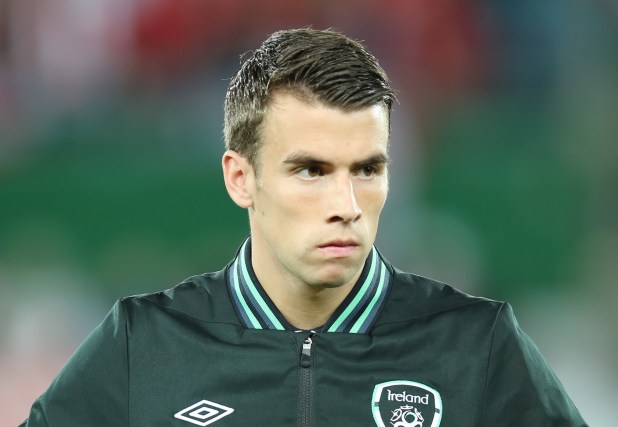 FIFA_WC-qualification_2014_-_Austria_vs_Ireland_2013-09-10_-_Seamus_Coleman_02 (1)