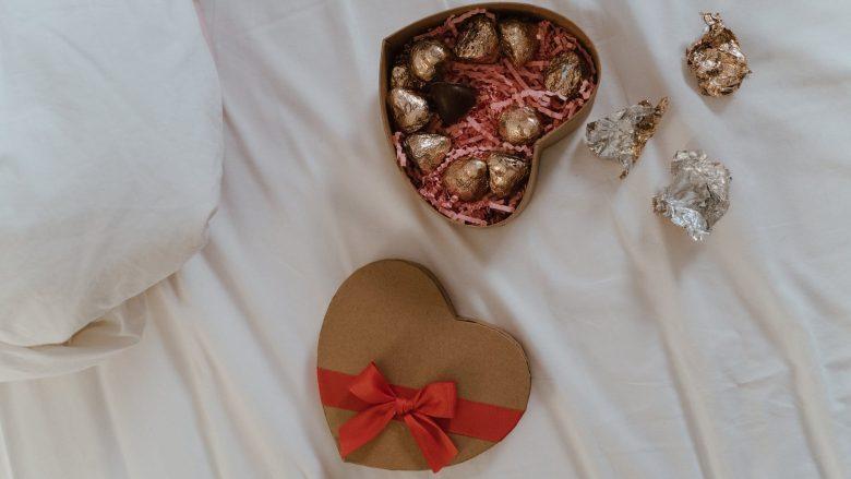 food wood love art