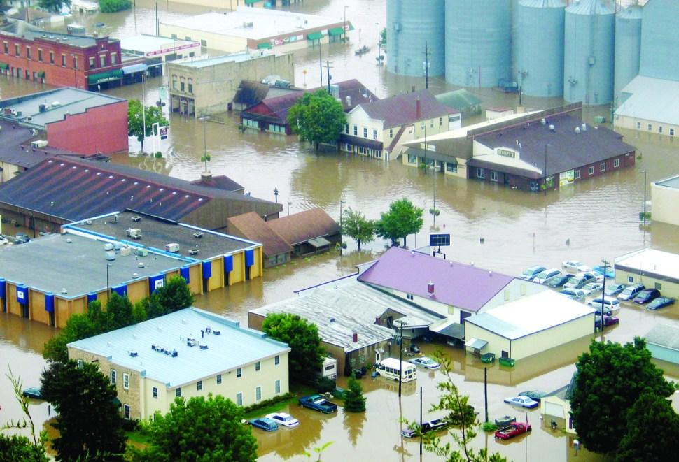 Rushford, Minnesota, near Hedin family farm, shown flooded in August 2007
