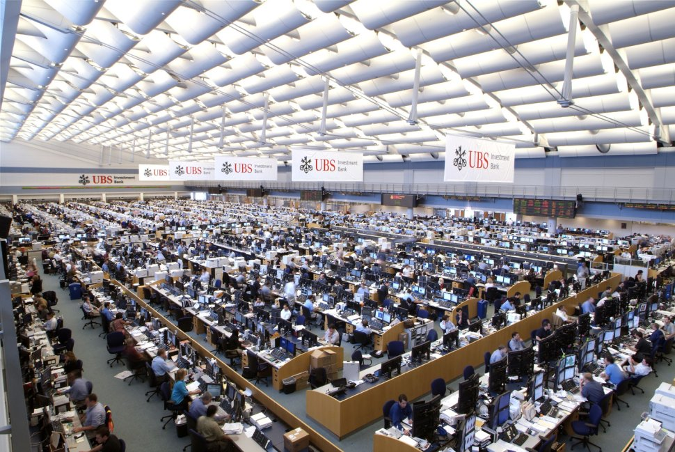 "The Stamford, CT trading floor of the Swiss bank UBS. UBS received recognition in the 2015 ""Sustainability Yearbook."""