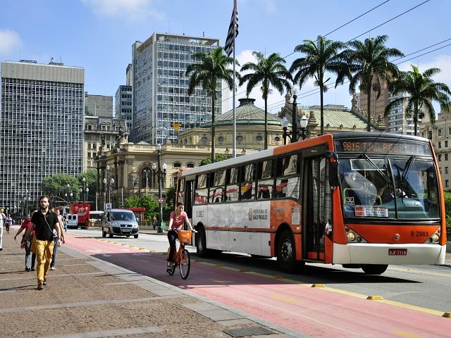 Şehirler, Sao Paulo gibi, sürdürülebilir ve yaşanabilir olmak için girişimlerini arttıyorlar.  Fotoğraf Mariana Gil/WRI Brezilya Sürdürülebilir Şehirler' e aittir.