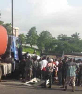 Many Feared Dead In Fresh Fuel Tanker Crash Along Otedola Bridge In Lagos