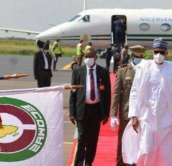 ECOWAS Peace Meeting: Buhari Arrives Mali, Publicly Wears Facemask {Photos}