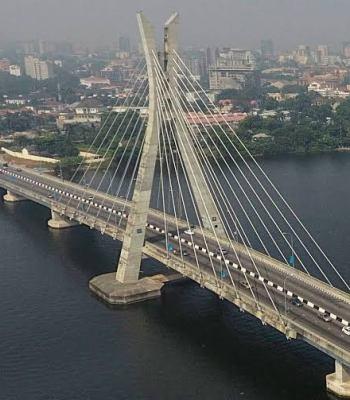 Again LASEMA Stops Man From Jumping Into Lagos Lagoon ~Thecitypulsenews