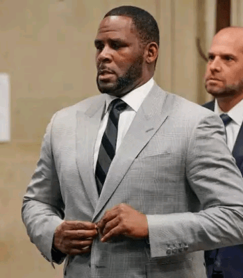 """""""The Rise And Fall Of An Icon""""- How R. Kelly Moved From Being A Grammy Winner To Prisoner"""